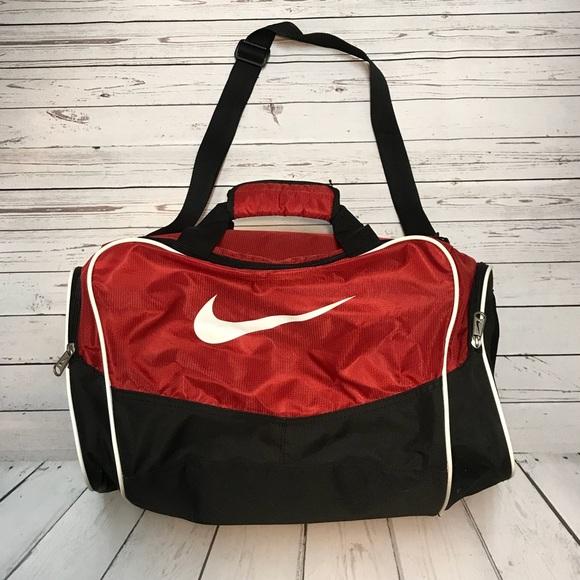 ... Red Nike Duffle Bag  Nike Duffle Bags ... fe66d3dbf7028